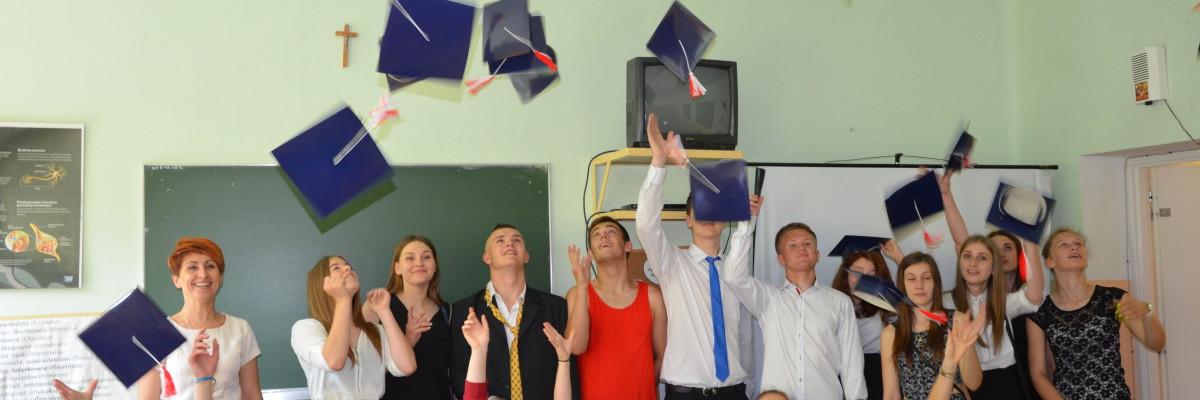 Pożegnanie absolwentów gimnazjum
