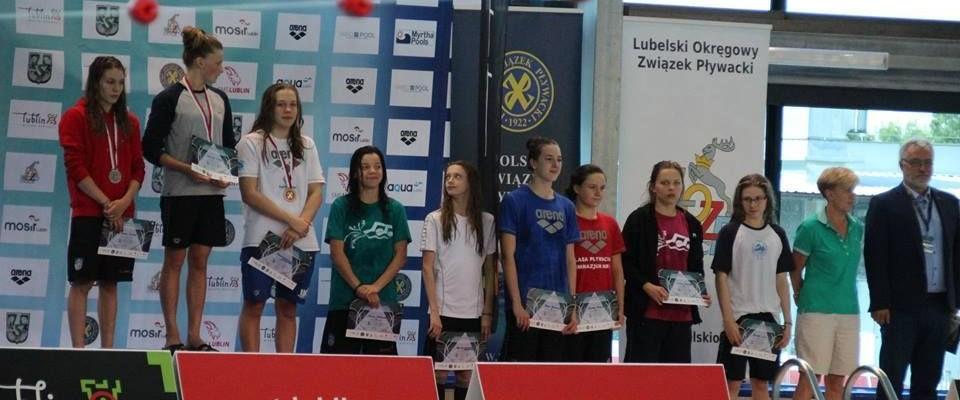 Pięć medali Letnich Mistrzostw Polski pływaków ostrowieckiej SMS