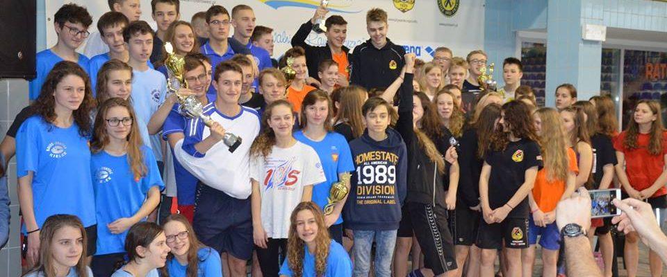 Nasi uczniowie zdominowali klasyfikację indywidualną Dużej Świętokrzyskiej Ligi Pływackiej